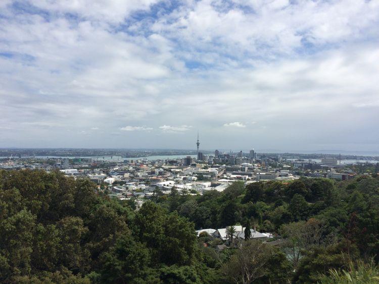 Mount Eden - Blick zur Skyline