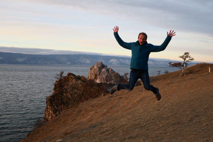 Sprung am Baikalsee