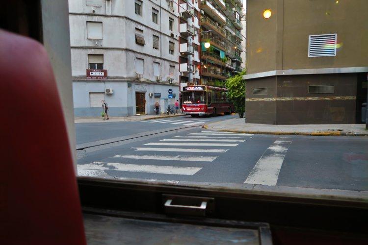 Strassenbus