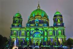 Berliner-Dom-gruen-und-blau