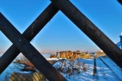 Alter Hafen Blick durchs Gitter