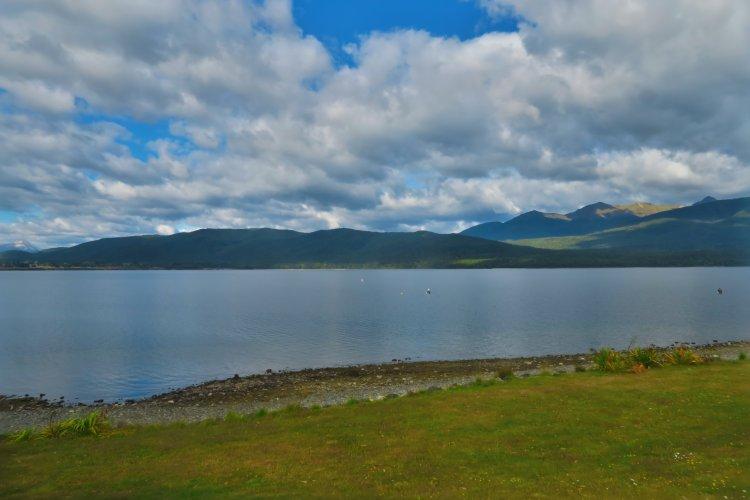 Lake Te Anau-3
