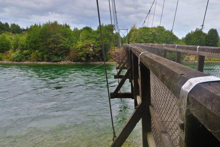 Waiau-River-Hängebrücke-am-Rainbow-Carpark