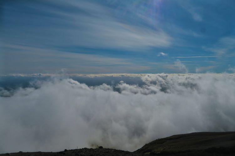Summit Route - Wolken
