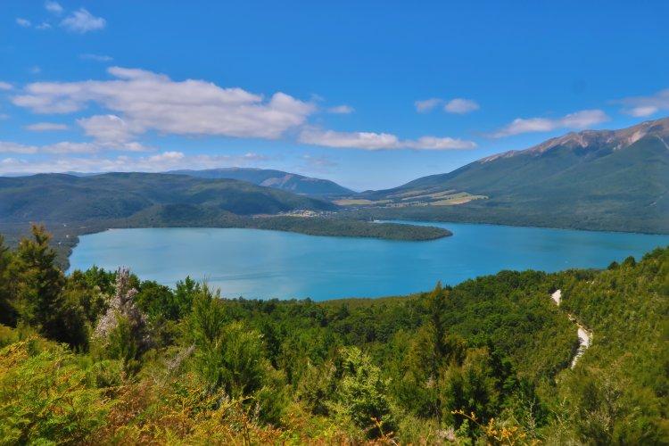 Lake Rotoiti - vom Mount Robert Carpark