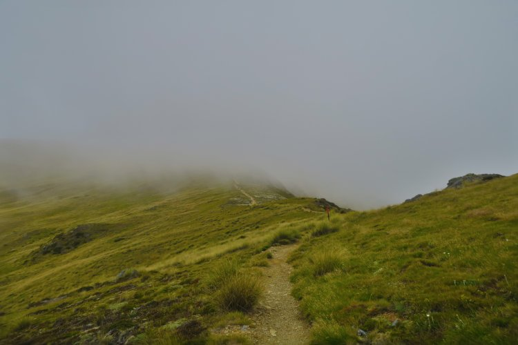 Robert Ridge Route - durch die Wolken