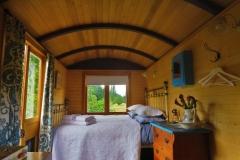 Airbnb Shepherds Hut Glamping - Bett