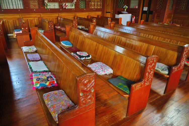 Tikitiki - St Marys Church - Sitzkissen