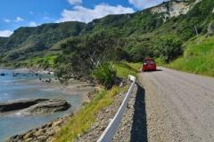 Te Araroa - Schotterstrasse zum East Cape Lighthouse