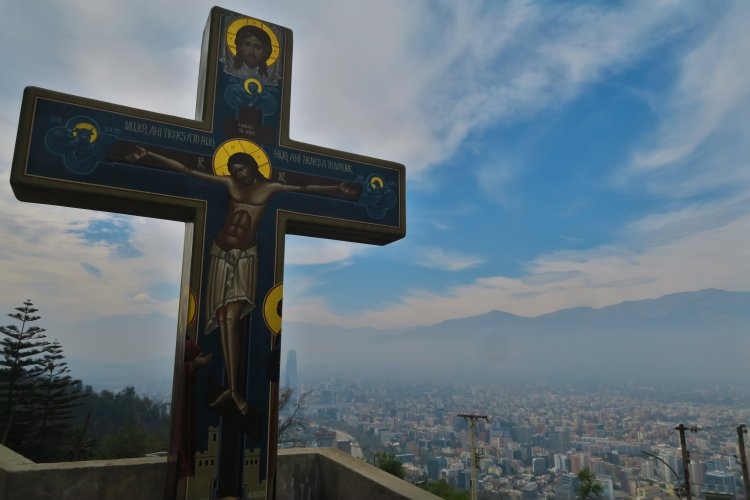 Blick-ueber-Santiago-vom-Cerro-San-Cristobal-4