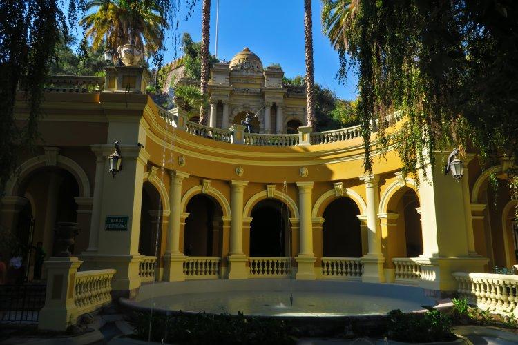 Cerro-Santa-Lucia