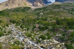 Hängebrücke-auf-dem-Weg-vom-Los-Torres-Shelter-zum-Los-Cuernos-Camp