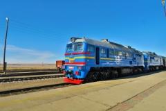 Transmongolische Eisenbahn in der Wüste Gobi