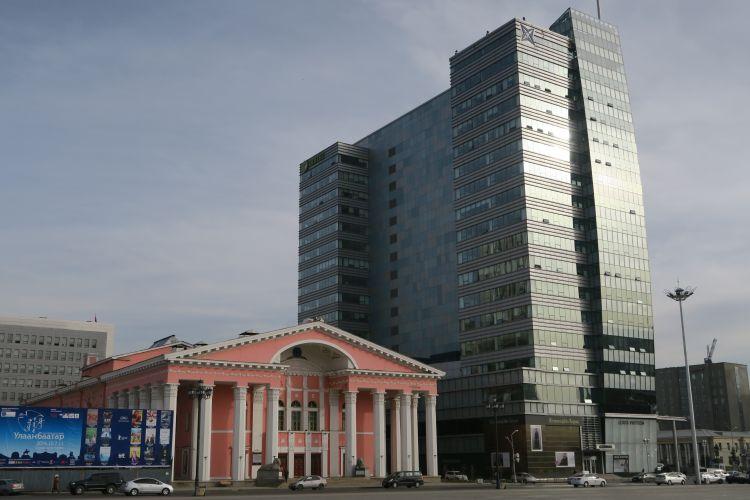 rosa-vs-Hochhaus