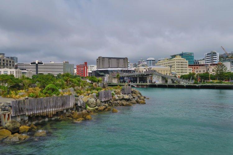 Hafen Promenade