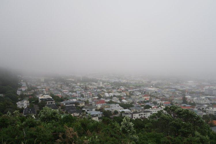 Mount-Victoria-Schechtes-Wetter-ueber-Auckland
