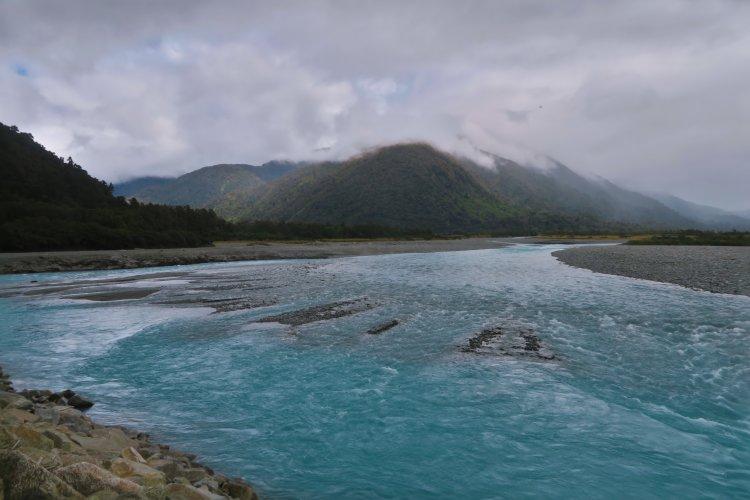 Highway6 - Poreua River